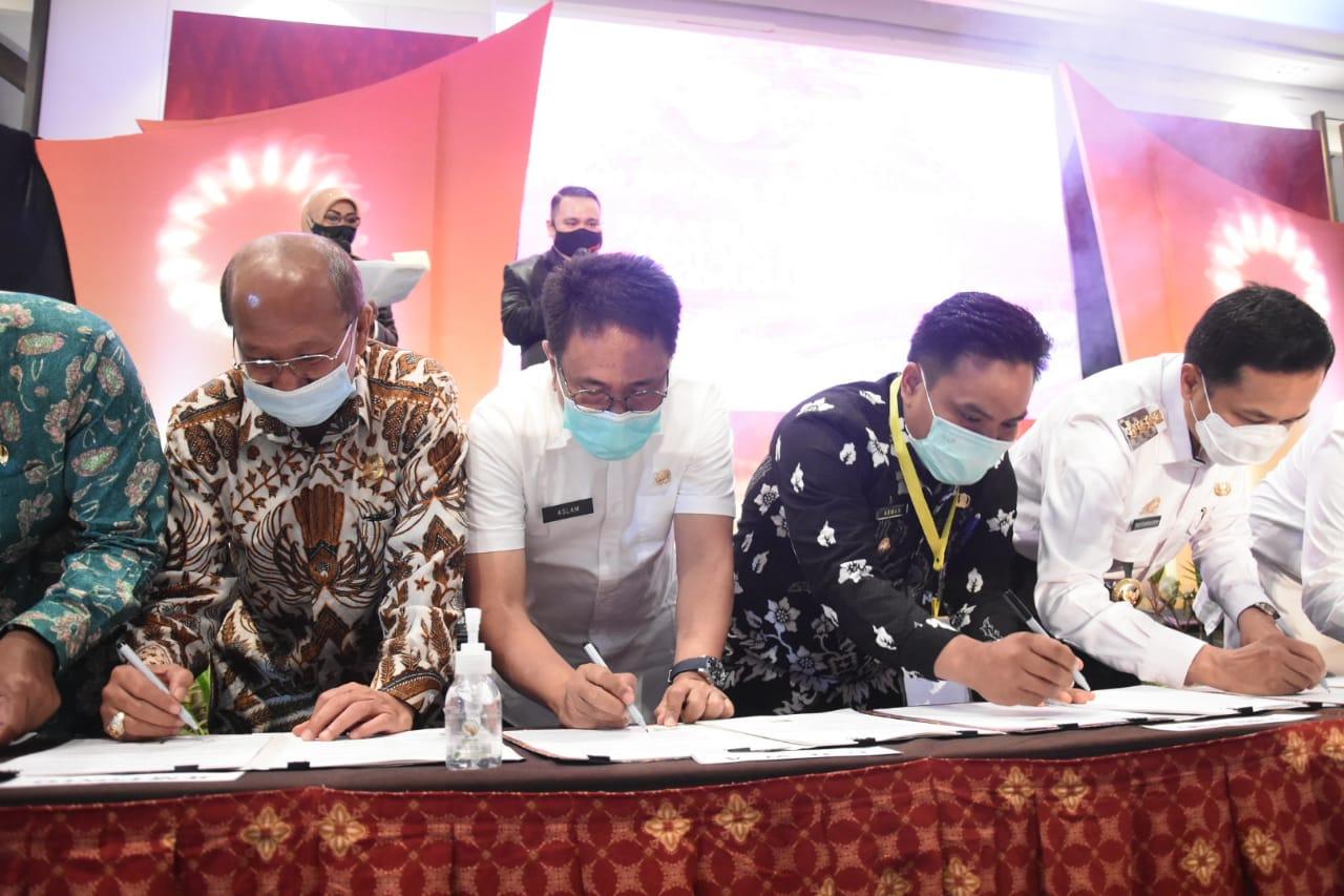 Menpan RB Imbau Kabupaten/Kota se-Sulsel Tingkatkan Pelayanan Publik